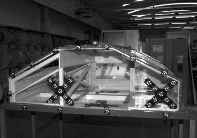 Zavarena konstrukcija sanduka pretvarača pripremljena za snimanje sustavom TRITOP - referentno (neopterećeno stanje)